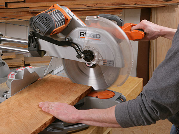 radial-arm-saw-vs-miter-saw